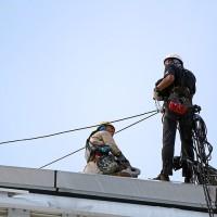 Jakie wymagania musi spełnić pracownik wykonujące prace wysokościowe?